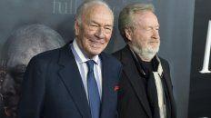 Estreno. Scott (derecha) junto a Christopher Plummer, que reemplazó a Spacey en Todo el dinero del mundo.
