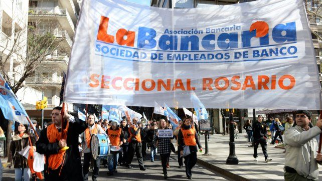 Los bancarios de todo el país realizan hoy una medida de protesta.