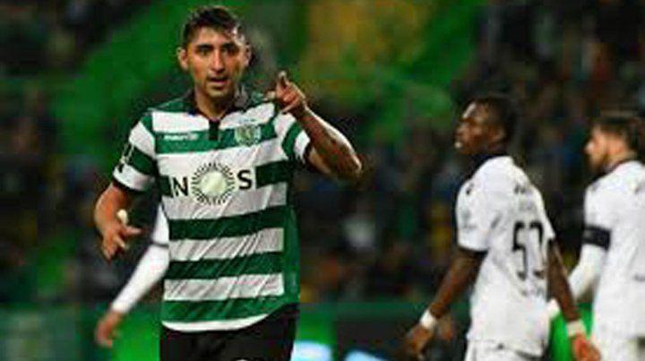Buen pie. Alan Ruiz está en Sporting de Lisboa y le gustaría jugar en Central.