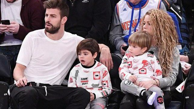 Shakira y Piqué reaparecieron en público junto a sus hijos en Nueva York