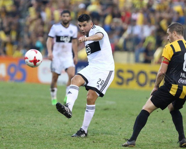 Ortigoza llega a Rosario para firmar su contrato con Central
