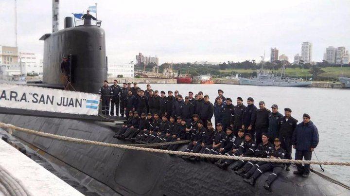 Recuerdo. La última foto conjunta tomada a los tripulantes del ARA San Juan.