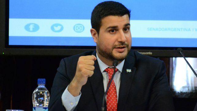El legislador rosarino criticó la gestión de Macri.