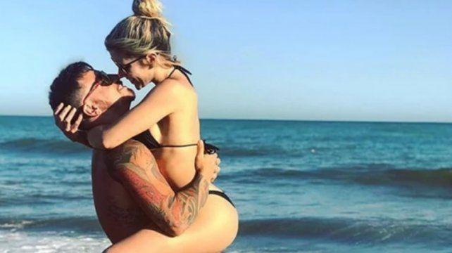 Laurita Fernández y Fede Bal, amor y arrumacos junto al mar