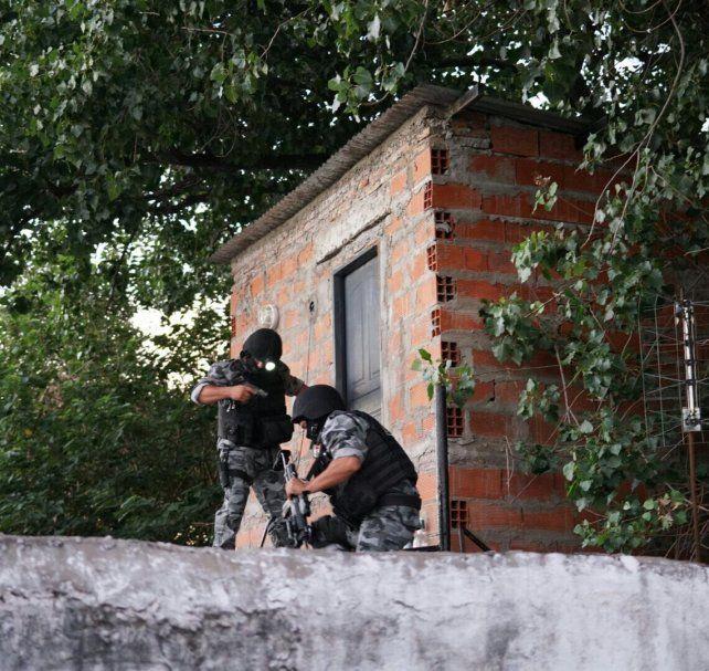 Barrio La Tablada fue el blanco de los allanamientos que llevó adelante la PDI esta mañana.