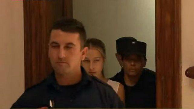 Niegan la prisión domiciliaria a la chica que mató al exnovio