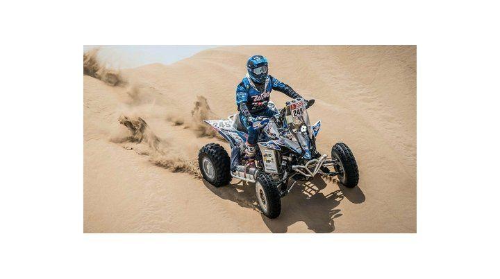 El joven cordobés Nicolás Cavigliasso estuvo imparable con su Yamaha YFZ 450 y se adueñó de la quinta etapa del Dakar en cuatriciclos.