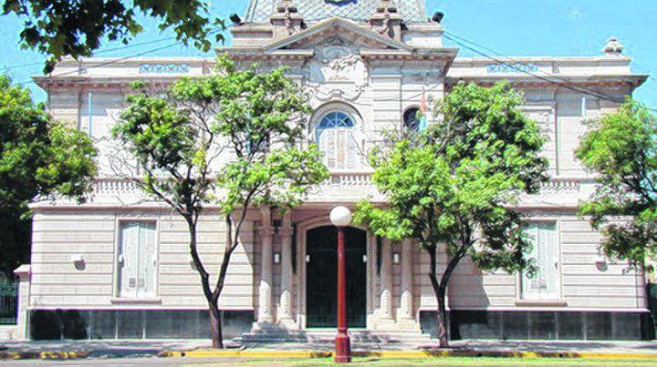sin quórum. Los ediles opositores no descartan que caiga la sesión extraordinaria a realizar en la Municipalidad.