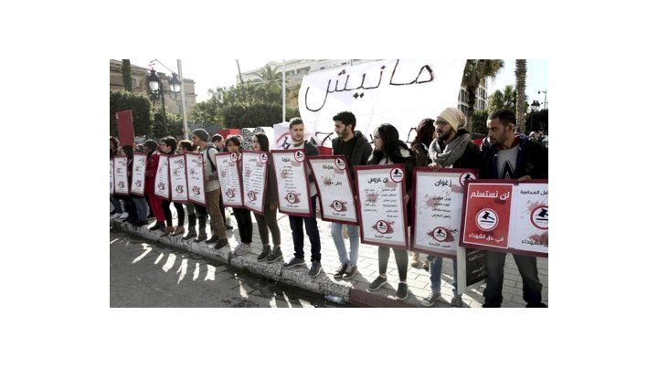 Vuelven las protestas callejeras a Túnez