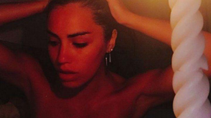 Lali Espósito enloquece a sus seguidores con sus fotos en la bañera