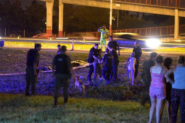 Ultimado. El hombre fue asesinado a balazos en el Acceso Sur de la ciudad.