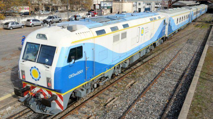 El servicio a Buenos Aires tarde poco más de seis horas.