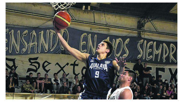 El desequilibrio. Jordi Godoy le da la cuota de imprevisibilidad al juego del Azul.