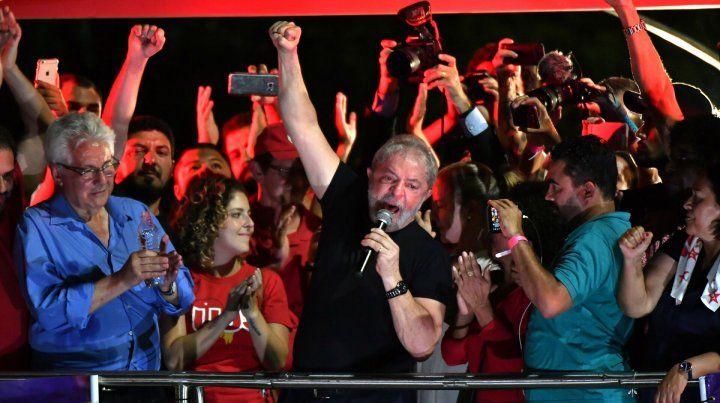 Lula: Cuanto más me acusan, más subo en las encuestas