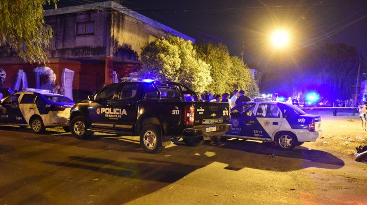 Esta noche. Balacera contra el frente de una casa de barrio Tablada: un herido grave.