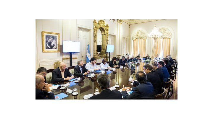 en pleno. El presidente y todos sus ministros escucharon ayer el descargo de su par de Trabajo.