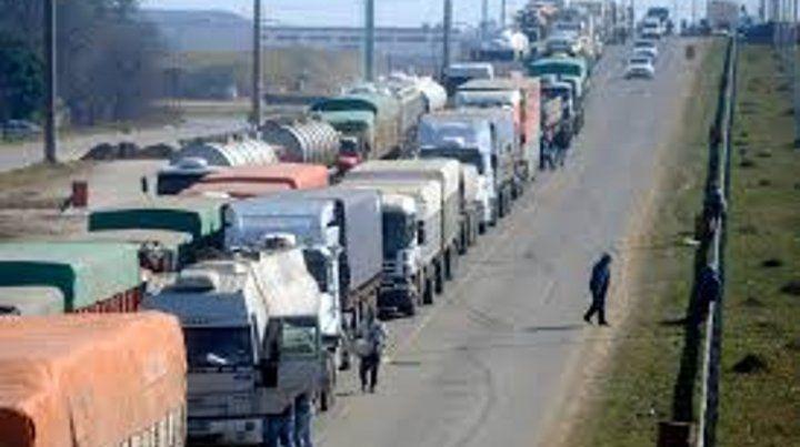 Reclamo de camioneros complicó el tránsito en la provincia