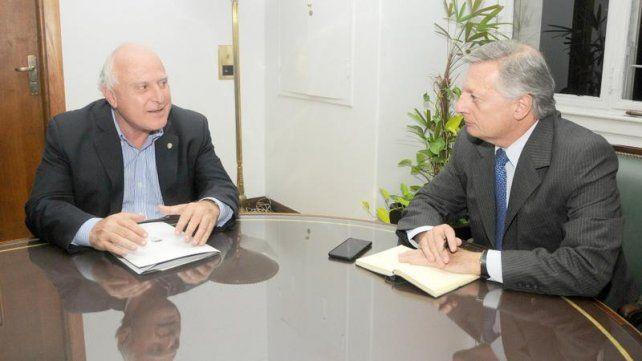 El gobernador Miguel Lifschitz y el ministro de Energía de la  Nación
