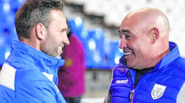 Juan Manuel Llop y Lucas Bernardi (hoy DT de Estudiantes) coincidirán el domingo por segunda vez en una cancha.