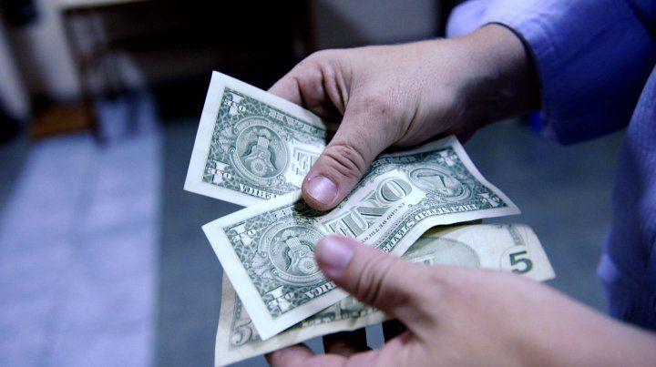 Protagonista. Enero tuvo a la moneda estadounidense como artista exclusiva.