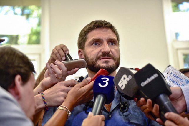 Pullaro aseguró que serán detenidos los autores de los crímenes entre los Funes y los Caminos
