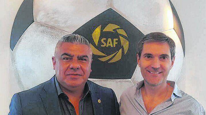 Juntos. Claudio Tapia y Mariano Elizondo son las cabezas visibles de las modificaciones que se preparan en todas las categorías del fútbol argentino.