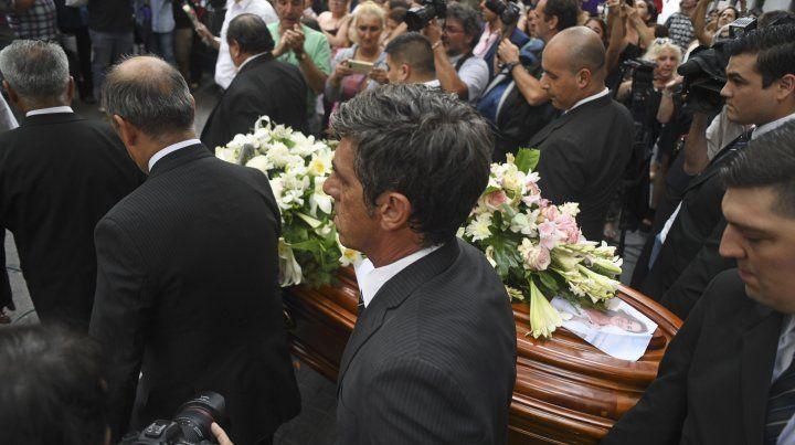 Sepultaron en la Chacarita los restos de Débora Pérez Volpin