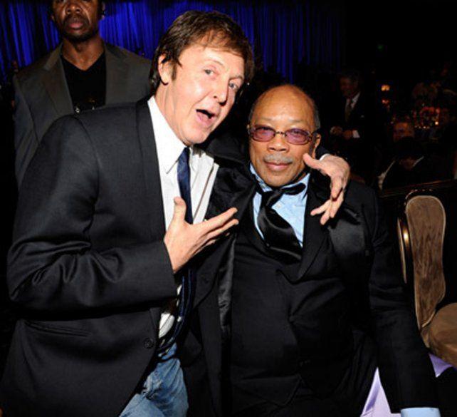 ¿Amigos? McCartney y Jones.