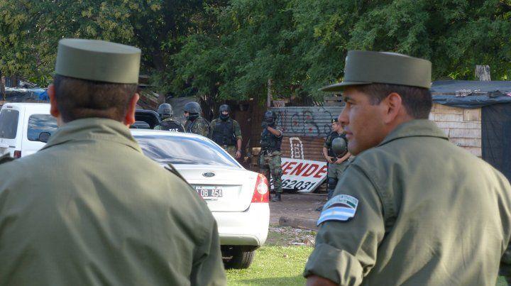La intención del gobierno provincial es fortalecer la presencia de agentes de seguridad en las calles de la ciudad y la región.