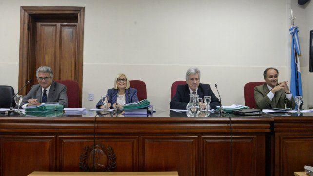 Tribunal. Los jueces escucharon a Tognoli y abrieron un compás de espera hasta el próximo lunes 26.