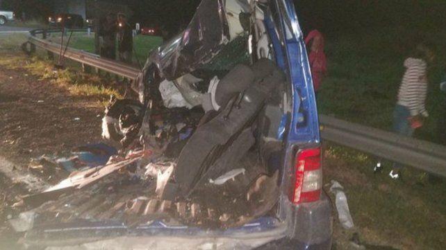 Un matrimonio y su hija murieron en un choque en la autopista Rosario - Córdoba
