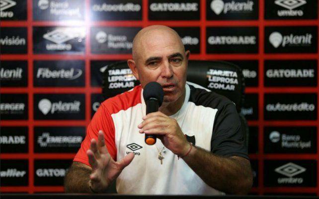 El entrenador se mostró tranquilo respecto a su futuro.