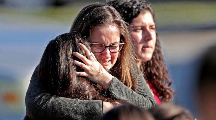 Atroz. El dolor de las alumnas del Marjory Stoneman Douglas High Scholl.