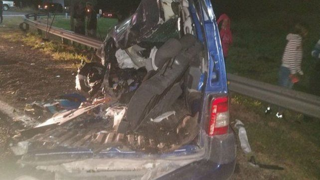 Una familia se mató al chocar en la autopista a Córdoba