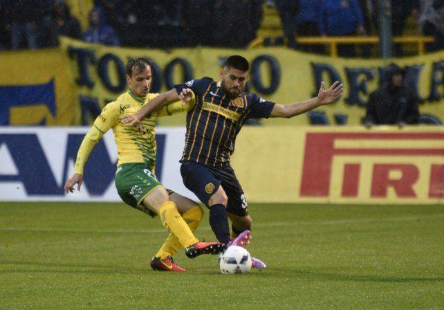 Villagra. El defensor cuando peleaba con la camiseta auriazul.