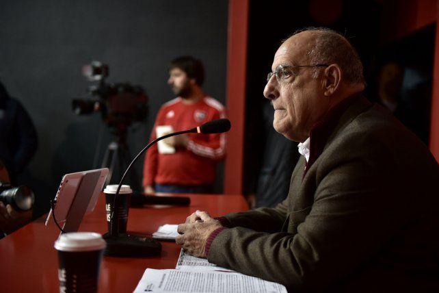 El presidente de Newells Eduardo Bernúdez.