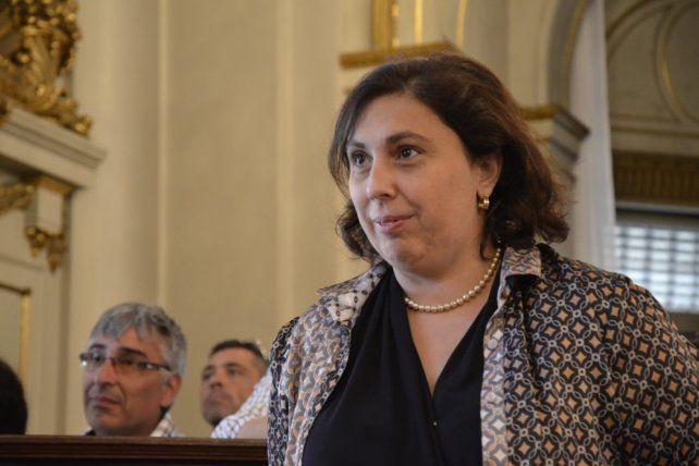 Fuego amigo. La diputada Paula Oliveto sostuvo que hay que respetar la división de poderes.