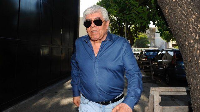 Moyano espera invitación al plenario cegetista al que asistirá Alberto F