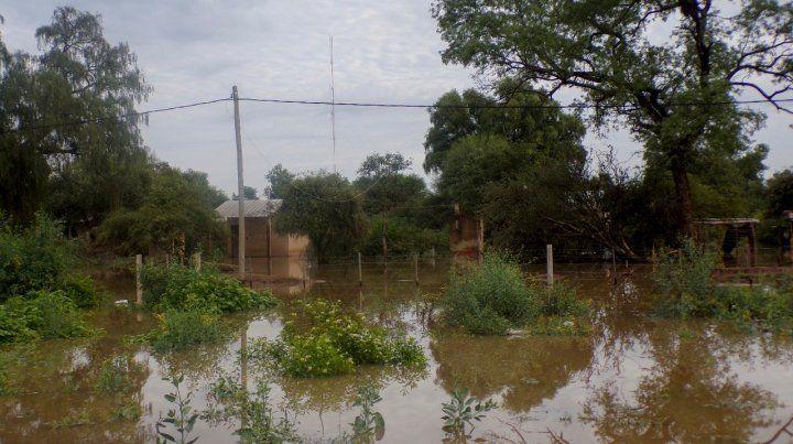 Salta. Las intensas lluvias provocan desborde de ríos y anegamientos.