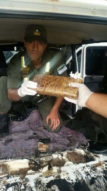 Secuestraron 73 de kilos de cocaína que habían sido enviados a Rosario