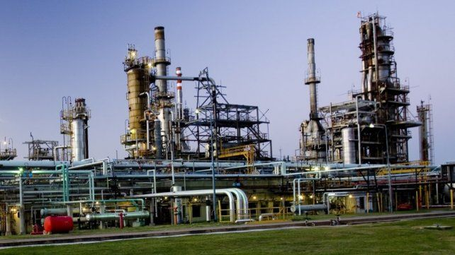 Oil paraliza su planta en San Lorenzo y comenzaría a importar combustibles