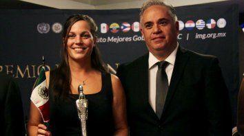 La titular de Promoción Social local, Laura Capilla, retiró el premio.