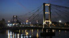 Puente colgante. La referencia máxima de la ciudad fundada por Juan de Garay.