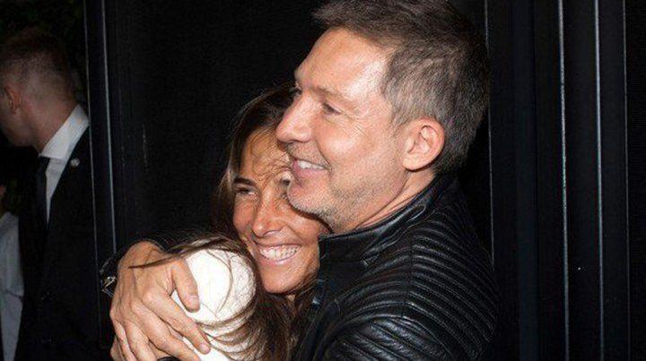 Juanita Viale, muy mimosa con un famoso en el festejo de Mirtha