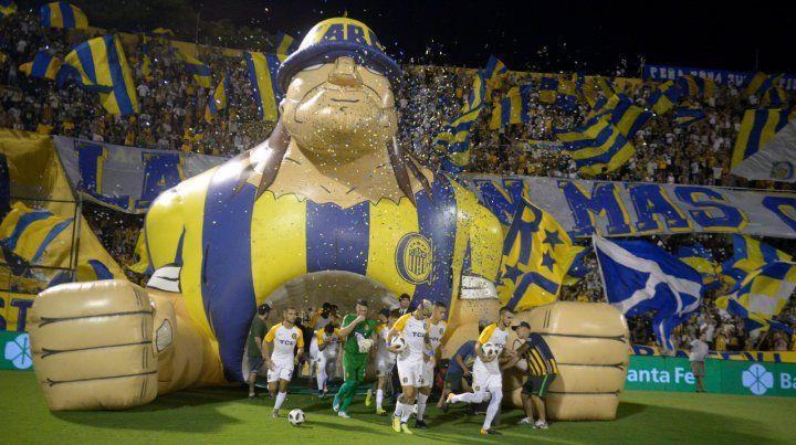 Gigante. Los canallas vienen pisando fuerte en Arroyito desde que Leo Fernández tomó las riendas del equipo auriazul.