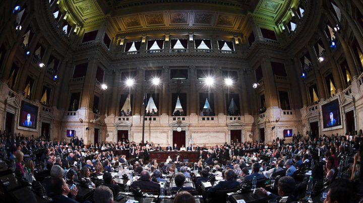 A pleno. Macri solo fue interrumpido por los aplausos del oficialismo.