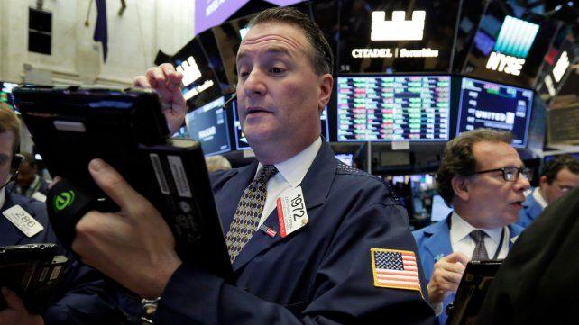 Wall Street cayó por los anuncios de Trump