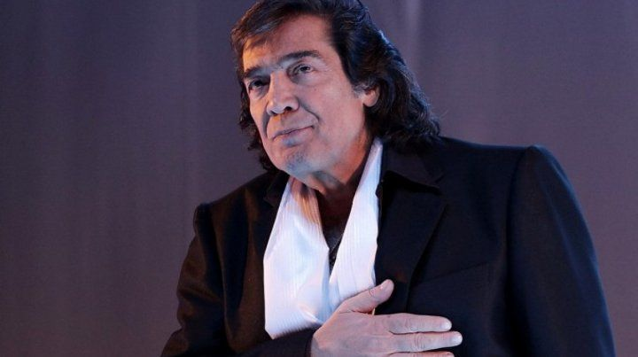 Cacho Castaña reprograma su show