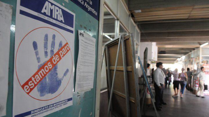 Los médicos nucleados en AMRA Amra aceptó la propuesta salaria de la provincia.