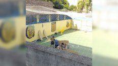 Una de las fotos tomadas en el Clubsito, la sede de Juan B. Justo.